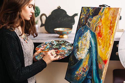 художниця (художник)